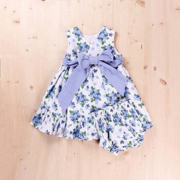 Imagen de Vestido bebé dobby flores y lazo, con braguita