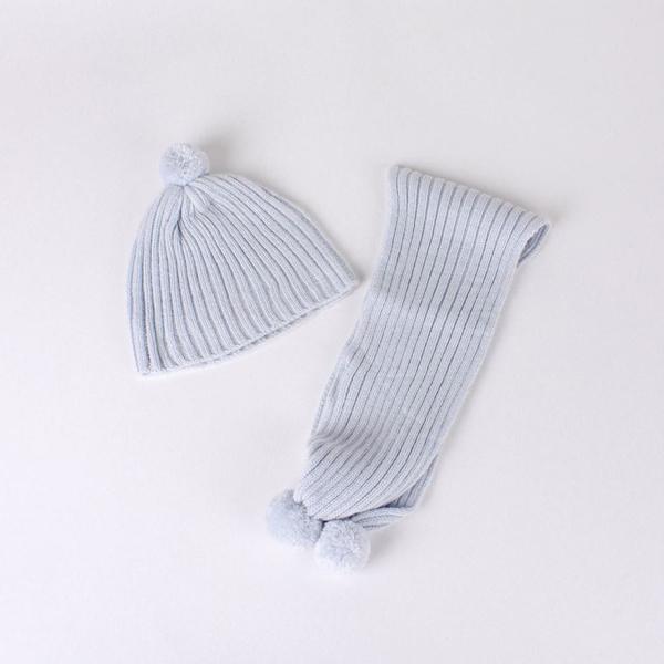 Imagen de Gorro y bufanda de bebé azul grisáceo