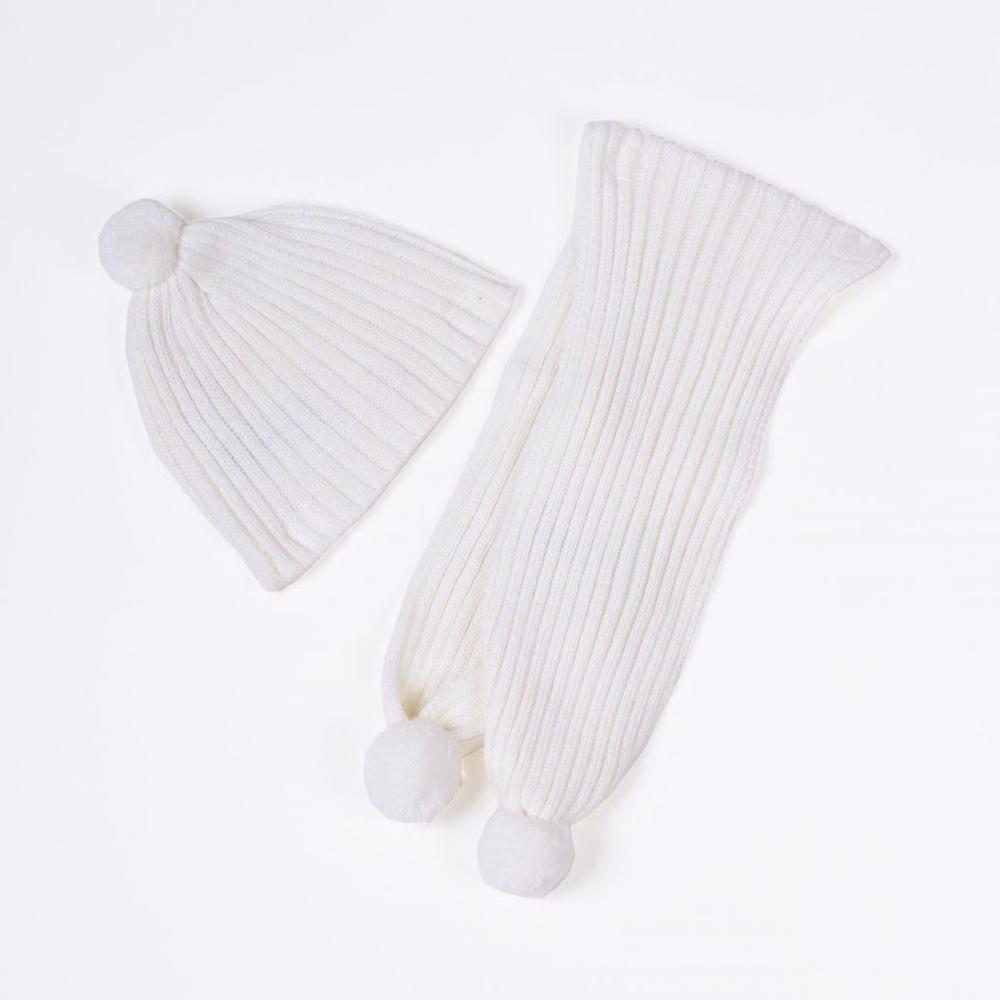 Imagen de Gorro y bufanda de bebé blanco