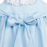 Imagen de Vestido de niña en azul claro con encaje
