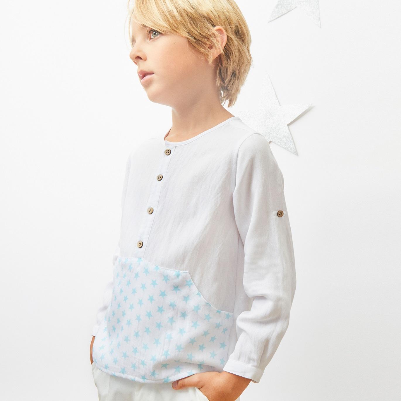 Imagen de Camisa de niño con print estrellas y manga larga