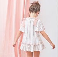 Imagen de Vestido de niña de rayas con lazos