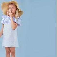 Picture of Vestido de niña en blanco con volante