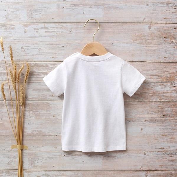 Image de Camiseta bebé blanca con estampado de perritos y huellas