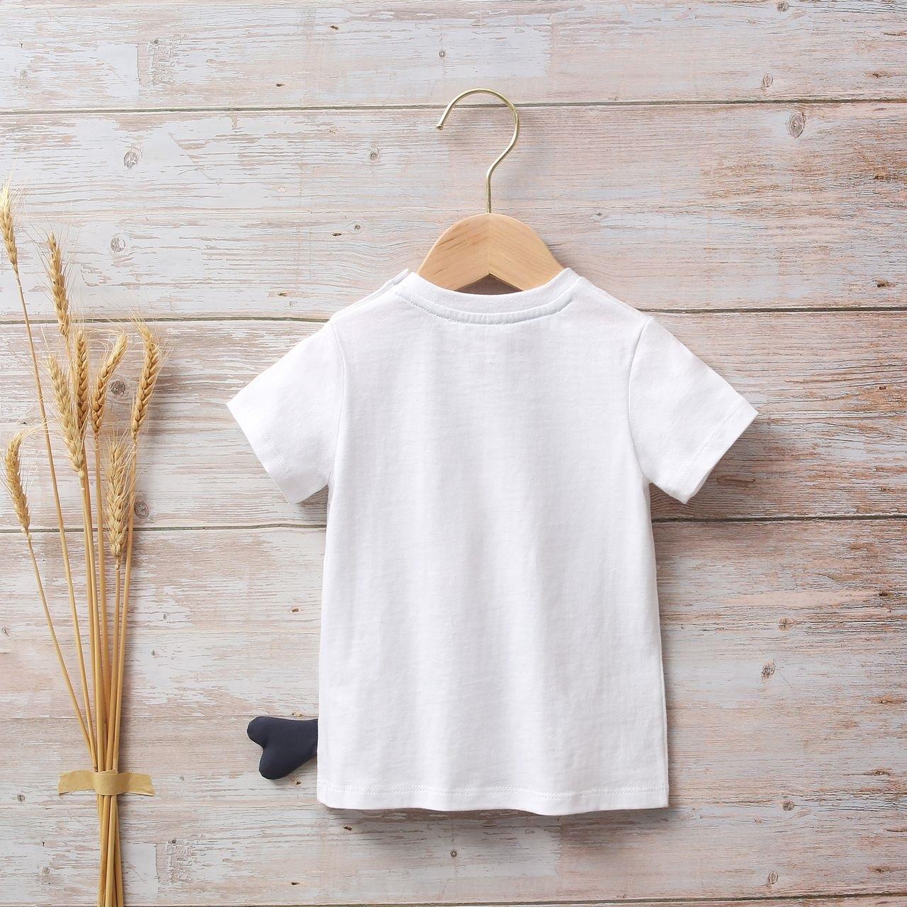 Image sur Camiseta blanca bebé con estampado de pez en lateral