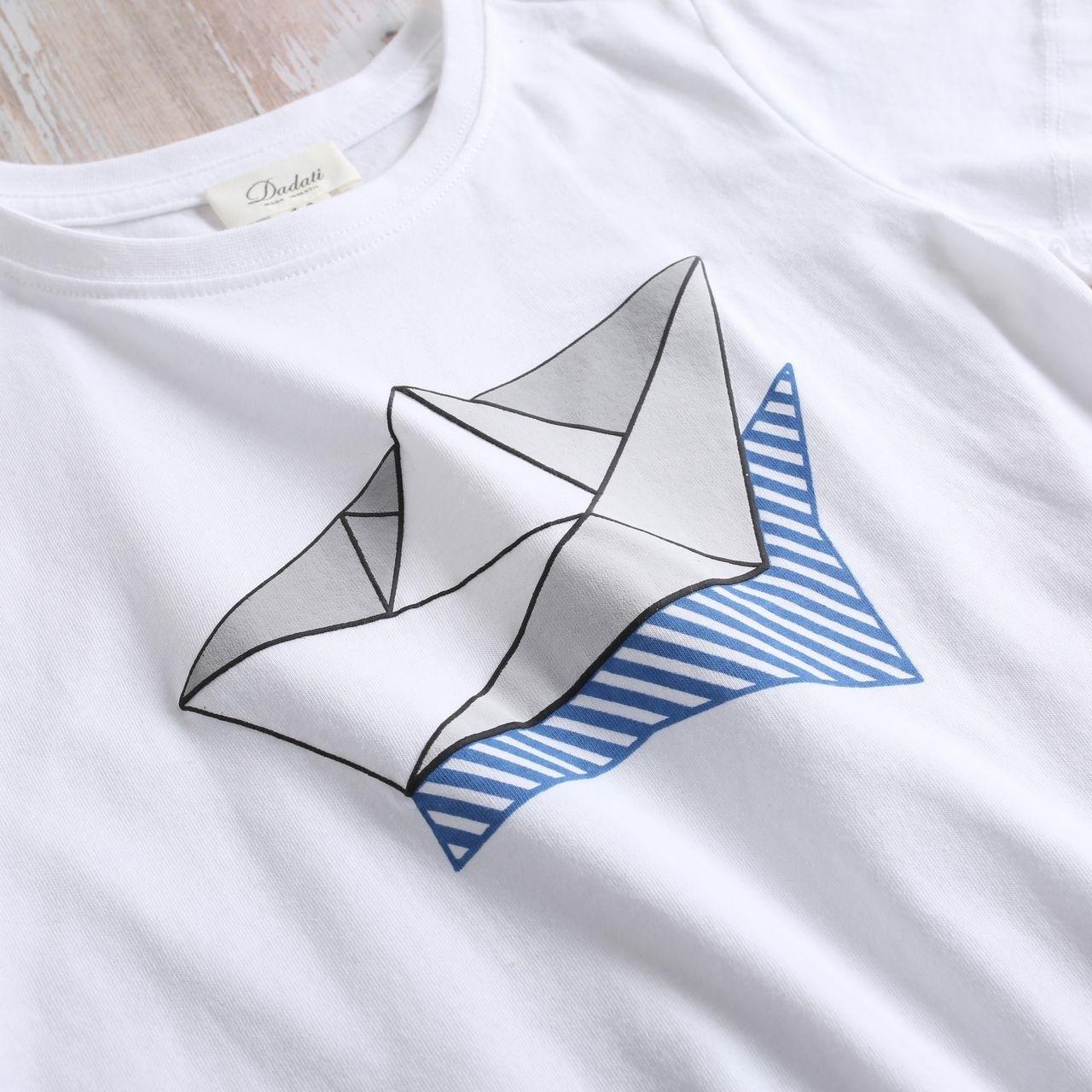 Image sur Camiseta niño blanca con estampado de barco