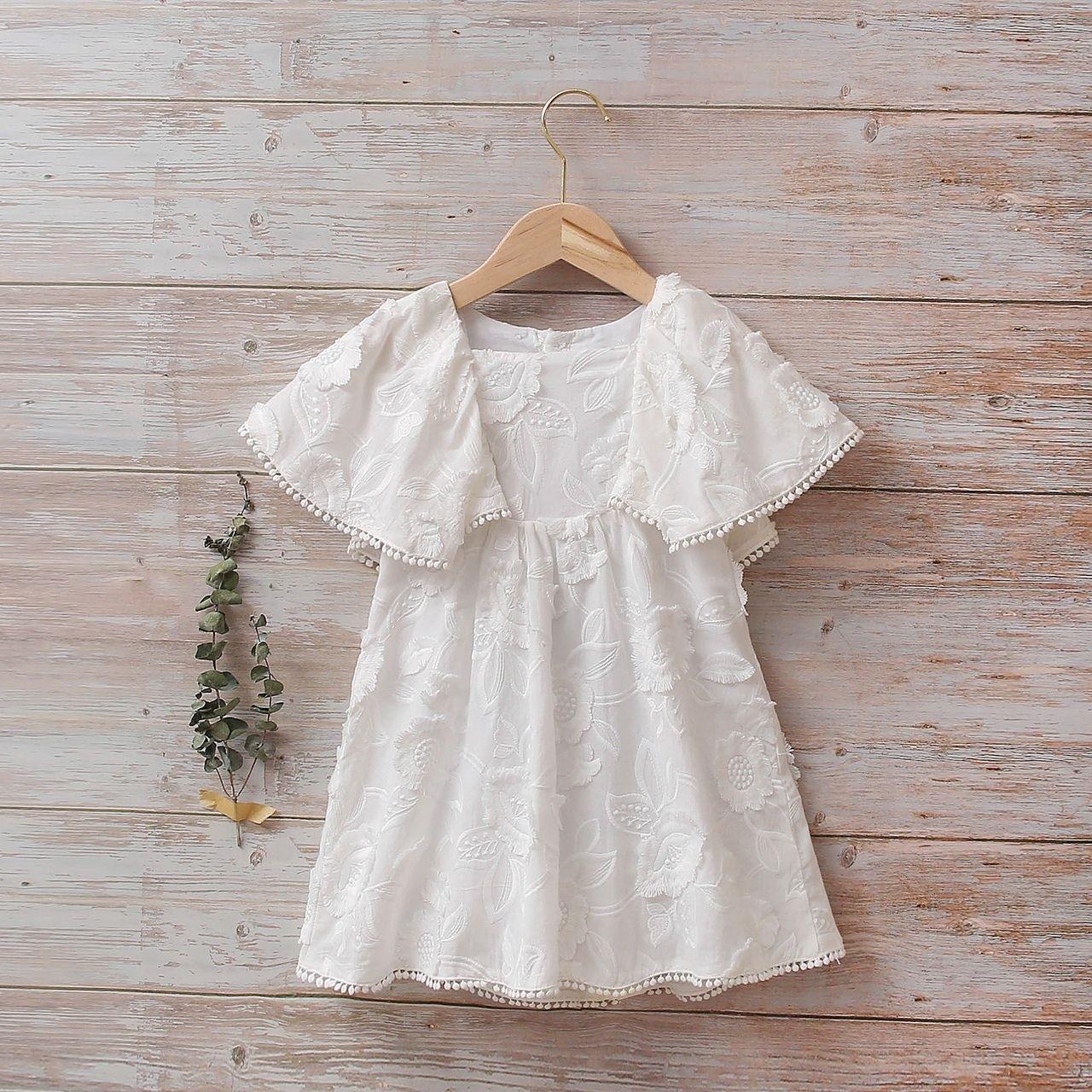 Image sur Vestido niña dalia blanco con manga capa