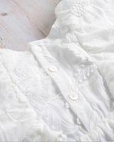 Image de Vestido bebé Dalía blanco con manga capa