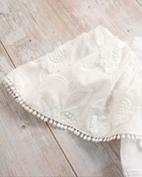 Picture of Vestido niña dalia blanco con manga capa
