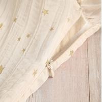 Imagen de Mono teen ceremoniacon estrellas doradas