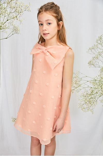 Imagen de Vestido niña rosa tejido bordado pompones con maxi lazo