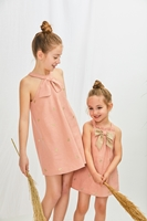 Imagen de Vestido bebé niña ceremonia rosa con bordado de mariposas doradas