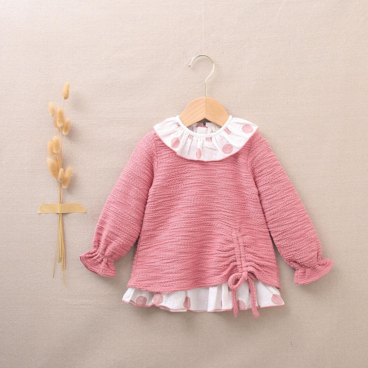 Imagen de Vestido de bebé niña rosa felpa textura combinado con lunares