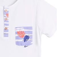 Imagen de Camiseta de niño en blanco con detalle bolsillo