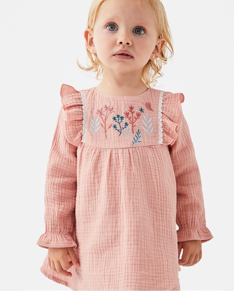 Imagen de Vestido de bebé niña bambula rosa con bordados de ramas